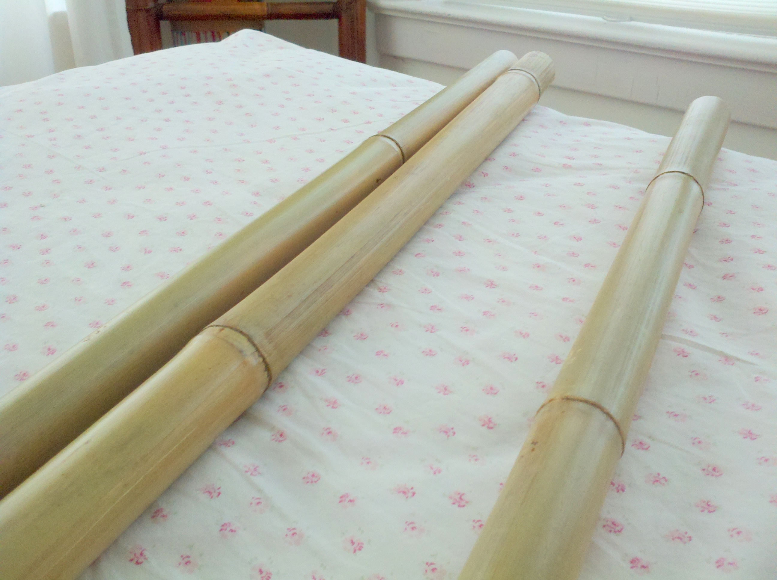 Bamboo curtain rods diy - Next Came The Hunt For Curtains I Didn T Want Full Curtains I Didn T Even Want Curtains That Were Going To Be Showcased Didn T Want Them To Distract